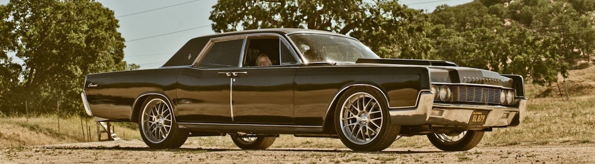 dax shephards 1967 lincoln continental with 700hp running. Black Bedroom Furniture Sets. Home Design Ideas