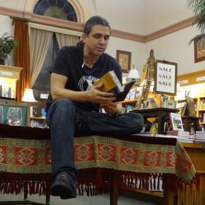 Stephen_Graham_Jones_signing_event_at_Boulder_Book_Store